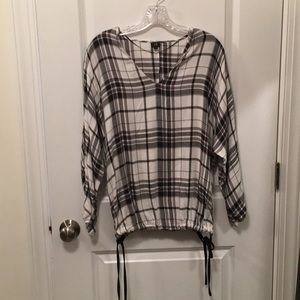 River Island back & white plaid blouse